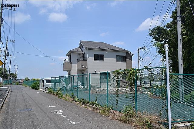 この空地はすでに買収された都立六仙公園用地