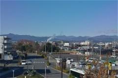 JR箱根ヶ崎駅から西方向の景観