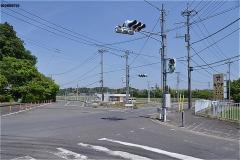 交差点を右へ