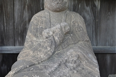 成田市立成田小学校脇の石仏(1)